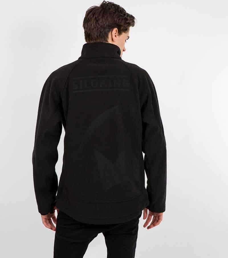 Großflächige Laserung auf einer Jacke