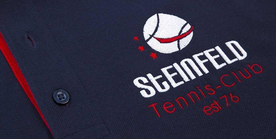 Detailbild Stick auf einem Hemd