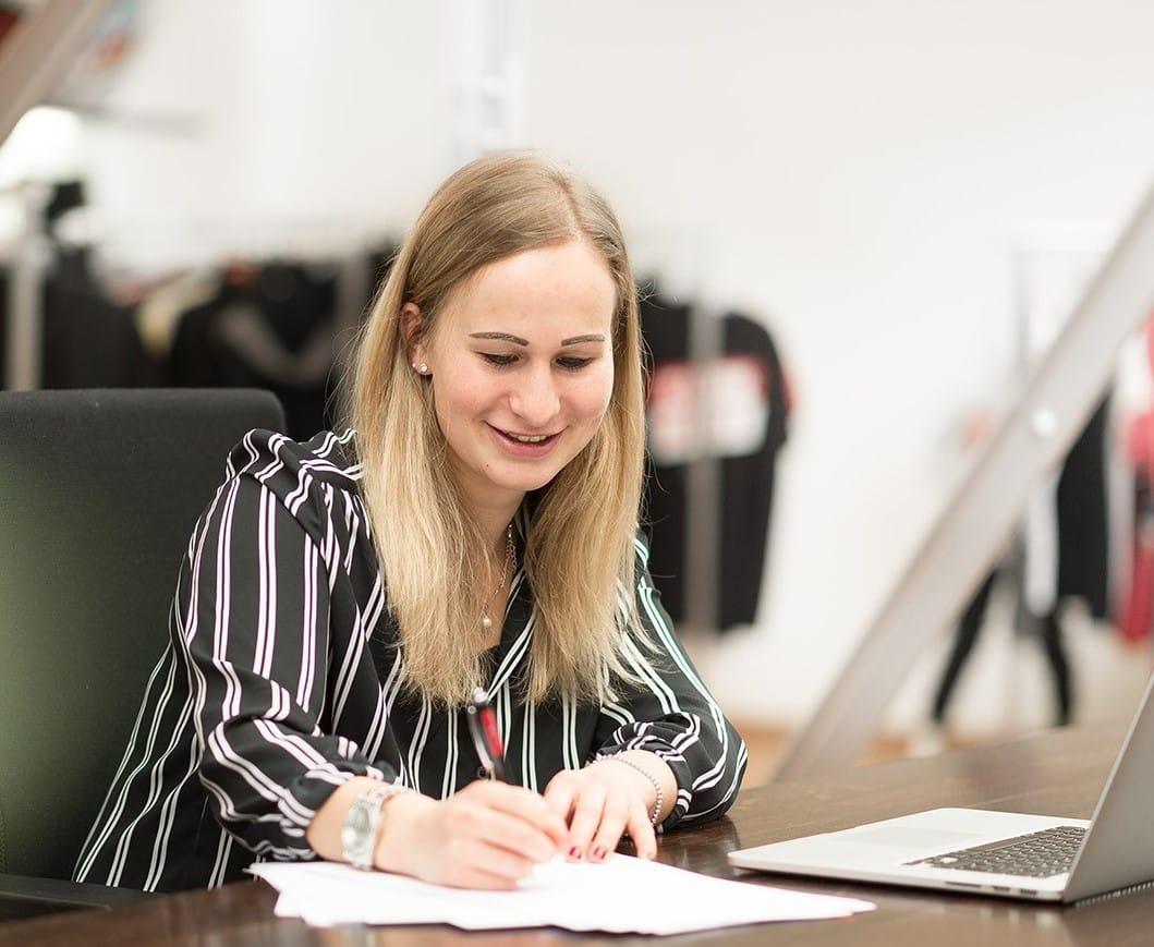 Kundenkontakt Katharina Maisel